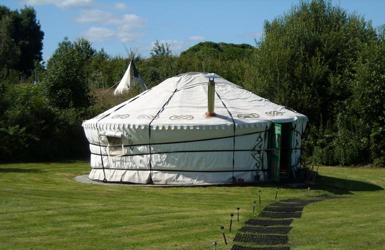 hemsford yurt camp 4