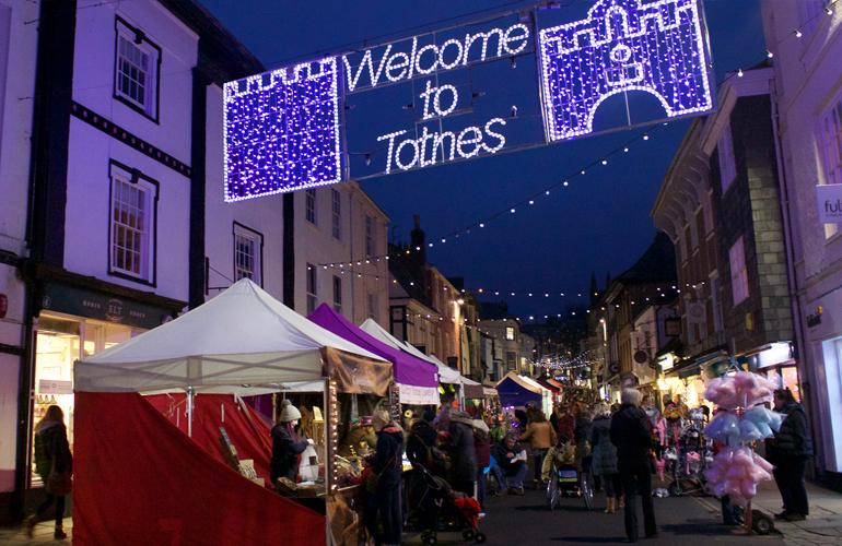 totnes-night-market-1